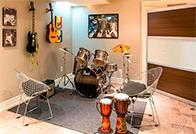 Hayatının her anına müziği barındıranlar için 10 oda dizaynı