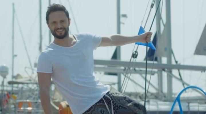 Alem FM'in bu haftaki konuğu şarkıcı Özgün!