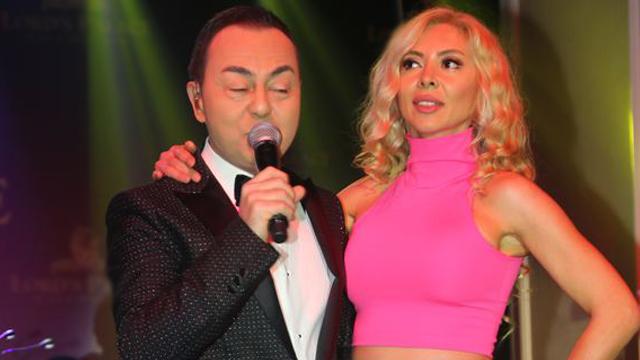 Serdar Ortaç, KKTC'deki bir Hotel'de verdiği konserinde 3 saat boyunca dans etti.